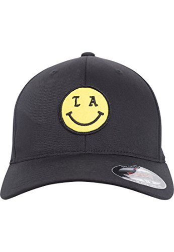 Black Tee Cap (Mister Tee LA Smile Flexfit Cap, Black, S/M)