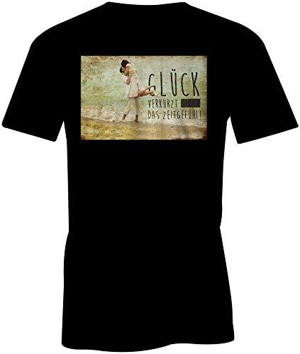 Glueck Verkuerzt Das Zeitgefuehl 4 ★ Rundhals-T-Shirt Männer-Herren ★ hochwertig bedruckt mit lustigem Spruch ★ Die perfekte Geschenk-Idee (01) schwarz