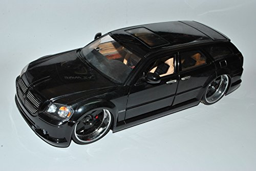 dodge-magnum-lx-schwarz-kombi-2004-2008-1-18-jada-modell-auto