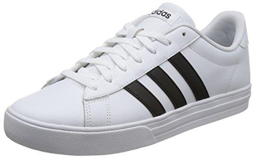 Low-cut-tennis-schuhe (adidas Herren Daily 2.0 Fitnessschuhe, Weiß (Ftwbla/Negbas/Negbas 000), 41 1/3 EU)