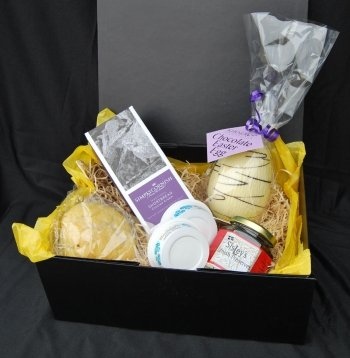 Simply Cornish Hampers Easter Cream Tea Gift Box