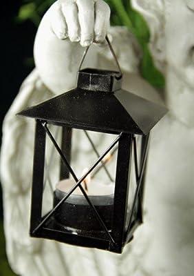 Grabengel knieend mit Laterne für Teelicht von friedhofskerze.de bei Du und dein Garten