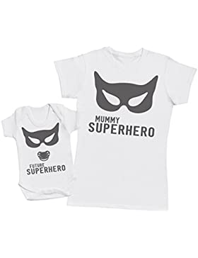 SuperHero Mum - regalo para madres y bebés en un body para bebés y una camiseta de mujer a juego