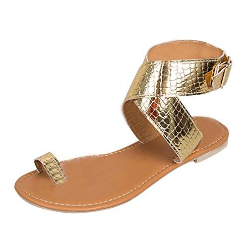 OverDose Sandales Plates en Cuir Métallisé, Été Femme Chaussures Bride Cheville Avec Boucles Style Western Flat Flip Flops Tongs (37, Or)