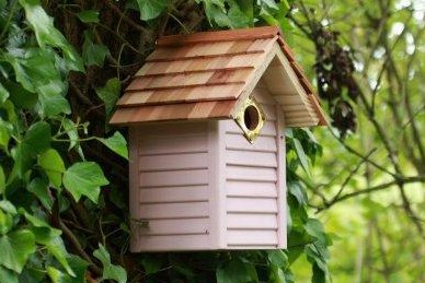Bird House New England Style in Pink OGD181