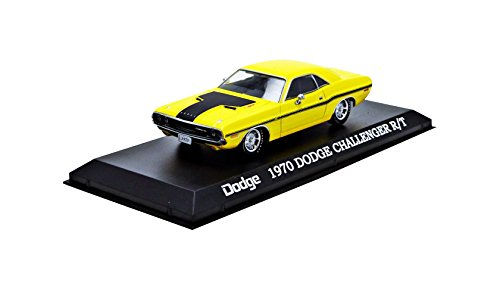 1970-dodge-challenger-r-t-yellow-with-black-stripes-1-43-by-greenlight-86303