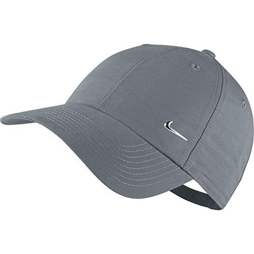 Nike-U-Nsw-H86-Metal-Swoosh-Berretto-Unisex-GrigioArgento-Taglia-unica