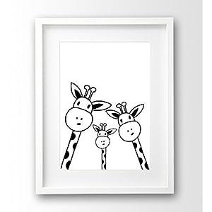 Kinderzimmer-Poster ungerahmt A4, Familie Giraffe Selfie, schwarz weiß