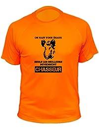 AtooDog Tee Shirt Chasse, Sanglier Stylisé,on nait Tous Égaux Seuls Les  Deviennent Chasseur fafbd9898070