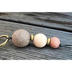 Schlüsselanhänger mit Perlen // Filzperle // Holzperle // Weihnachtsgeschenk // Schlüsselanhänger Auto