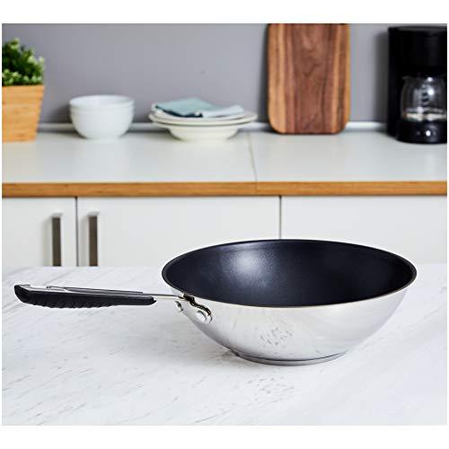 AmazonBasics - Sartén wok antiadherente de inducción de acero inoxidable, 28 cm, con mango suave al tacto