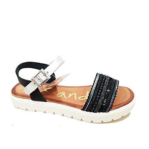 sandalia-piel-negra-lentejuelas-bordada-talla-38