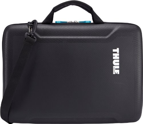 thule-15-gauntlet-20-attache-case-for-macbook-pro