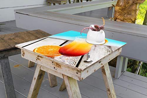 Wallario Aufkleber Selbstklebende Garten-Tisch-Decke - Bunter Cocktail am Pool in 90 x 90 cm