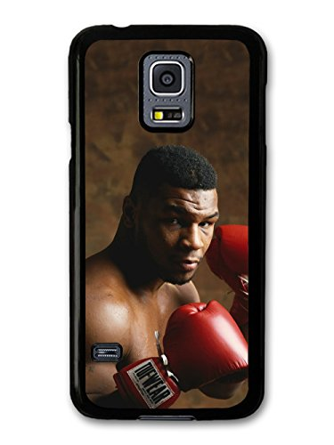 mike-tyson-heavyweight-champion-boxer-posing-with-gloves-hlle-fr-samsung-galaxy-s5-mini