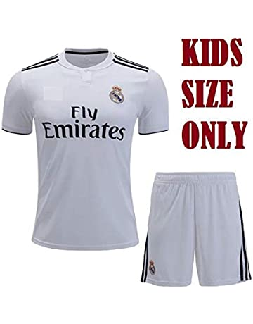 Football Clothing: Buy Football Clothing Online at Best