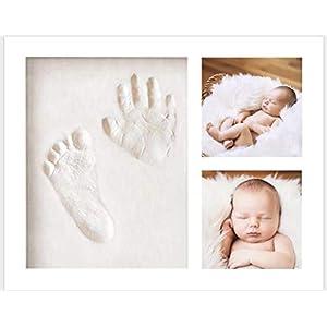 KEROOS® Gipsabdruck Baby Hand und Fuß Set inkl. Buchstaben Schablonen Set | hochwertiger Bilderrahmen aus Holz…