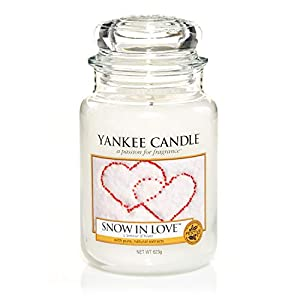 Yankee Candle Large Jar Scented Candle, Snow in Love, Up to 150 Hours Burn Time