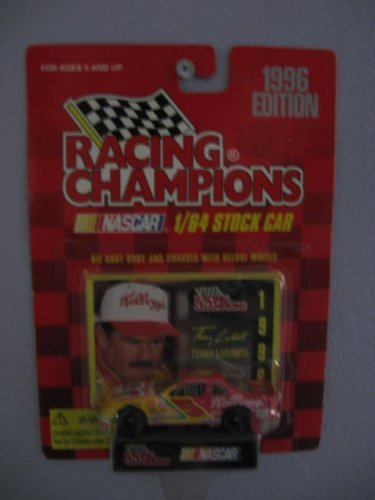 Racing Champions 1/64 scale diecast Stock Car with collectible card 1996 Edition #5 Terry Labonte by Racing Champions