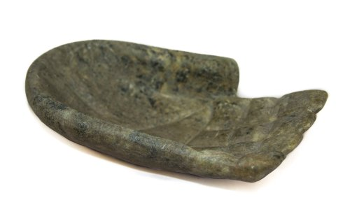 soapstone-hand-dish-fair-trade-and-hand-carved-in-brazil-indoor-or-outdoor-use-l13xh8cm