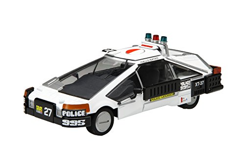 Police Car No. 27 1/24 Plastic Model Kit
