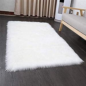HEQUN Faux Lammfell Schaffell Teppich Flauschig Weiche Nachahmung Wolle Teppich Longhair Fell Optik Gemütliches Schaffell Bettvorleger Sofa Matte (Weiß, 150 X 50 cm)