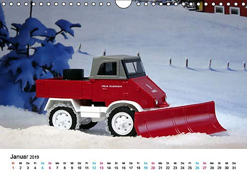Verkehrsmodelle aus Berlin (Wandkalender 2019 DIN A4 quer): Modellautos auf zeittypischen Dioramen (Monatskalender, 14 Seiten ) (CALVENDO Hobbys)