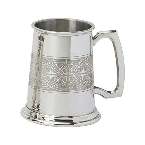 Edwin Flasque & Co 1 Pinte Chope avec Base Solide en métal – roulé Motifs celtiques Autour du Corps avec poignée Standard, en Étain