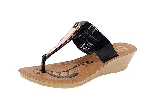 Claps New Arrival Summer Special Black Front Buckle Sandals/Slippers For Women Below 300-6 UK