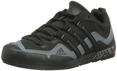 adidas Originals Terrex Swift Solo, Chaussures d'Athlétisme Mixte Adulte, Noir Black/Lead, 40 EU