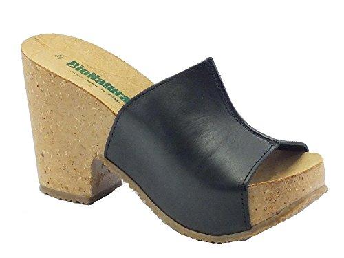 Sandalo Bionatura modello scalsato per donna in pelle nera Nero