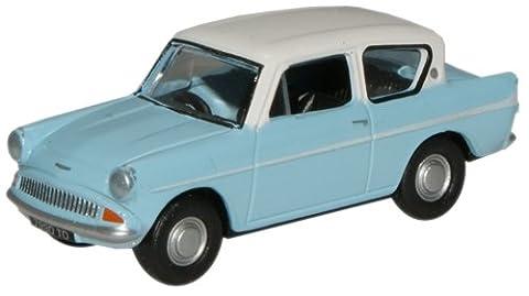 Oxford Die Cast - 76105007 - Light Blue/Ermine White Ford