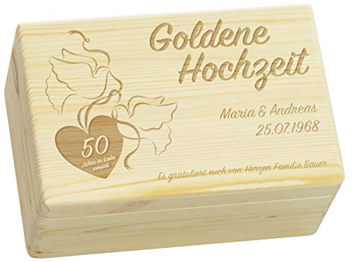 LAUBLUST Holzkiste zur Gold-Hochzeit - Turteltauben - Personalisiert mit Wunsch-Gravur - ca. 30x20x14cm, Natur, FSC®