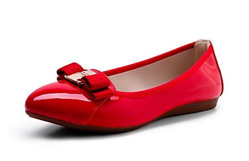VogueZone009 Damen Lackleder Rund Zehe Niedriger Absatz Ziehen Auf Rein Pumps Schuhe Rot