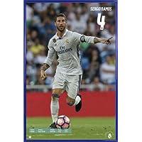 1art1® Fútbol Póster con Marco (Plástico) - Real Madrid, Sergio Ramos Acción (91 x 61cm)