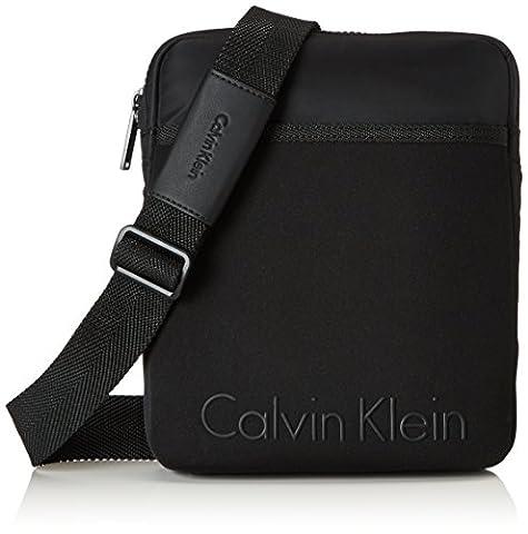Calvin Klein Alec Flat Crossover, cas d