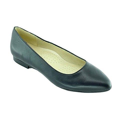 blau-ballerinas-stewardess-pointy