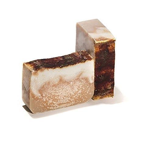 Bay Rum Bar Seifenstück mit Bier (4 Bar Set) - Handgemacht und biologisch mit ätherischen Ölen. Natürliche Körperseife, kann auch als Shampoo-eifenstück für Haare und Haut benutzt werden. Mit Shea Butter, Kokosöl, natürlichem Glycerin