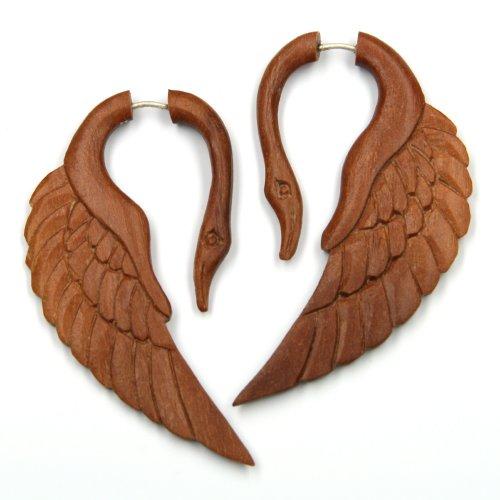 schwan-doreille-faux-piercing-en-bois-rouge-longueur-6-cm-fermoir-en-argent-paire