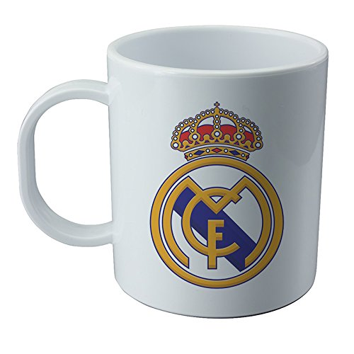 real-madrid-mug-and-sticker