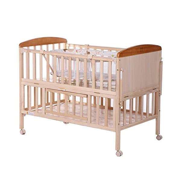 QINYUN Crib Solid Wood Without Paint Multi-functional Baby Bed Game Bed QINYUN 1. This portable crib is made of sturdy pine wood with a beautiful, non-toxic appearance, with a hard hat and locking wheel that can be converted from a crib to a baby fence with one hand. 2. Soft and encrypted mosquito net, strong and not decoupled, providing a comfortable sleeping environment for your baby The mattress attached to the cradle is gently shaken to sleep every night. 4
