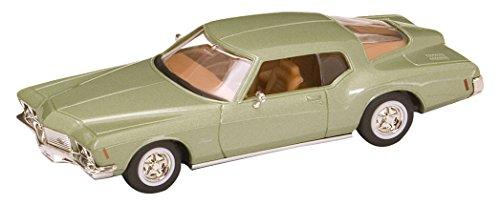 lucky-die-cast-gotz94252gr-143-scale-green-road-signature-1971-buick-riviera-gs-die-cast-model-car