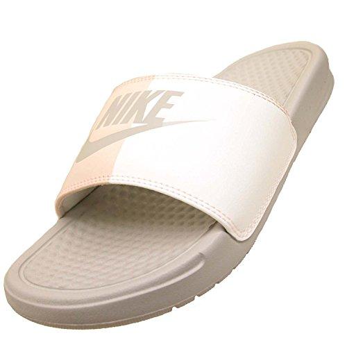 In Auswahl Nike Aquaschuhe Von A Großer Und Günstig Sportschuhe qPqtg6H
