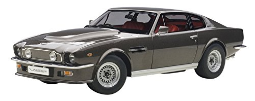 AUTOart- Miniature Voiture de Collection, 70221, Gris