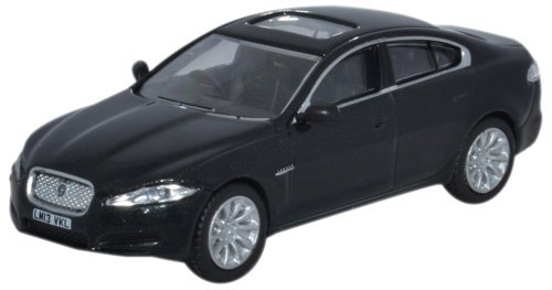 oxford-205995-jaguar-xf-schwarz-metallic-massstab-176