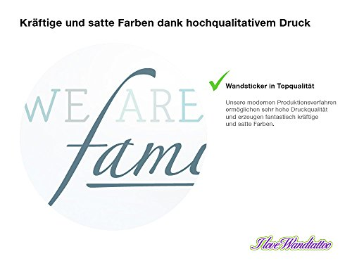 Wandtattoo Familien Spruch We are family in grünen Pastell Farben