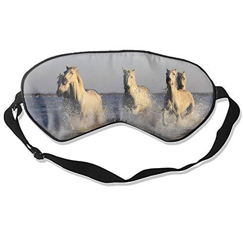 Schlafmaske, wiederverwendbar, kalt, verbessert Schlafädeme und Müdigkeit der Augen - eine Herde von Pferden im Wasser