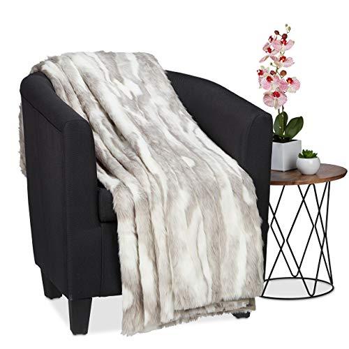 Relaxdays Kuscheldecke in Felloptik, warme & weiche Couchdecke aus Webpelz, waschbar, Flauschdecke, 220x240cm, grau-weiß (Faux-pelz Tagesdecke)