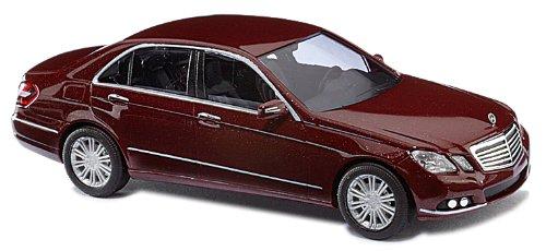 Busch Voitures - BUV44207 - Modélisme Ferroviaire - Mercedes Benz Classe E Limousine - Rouge