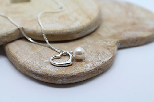925-sterling-silver-heart-pendant-with-white-cultured-freshwater-pearl